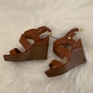 New MARC FISHER Brown Wedge Sandals SZ 7.5 M